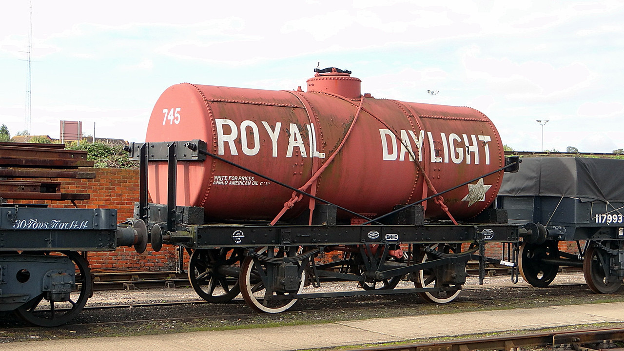 PO 745 'Royal Daylight' Oil Tank. 13,10,2012