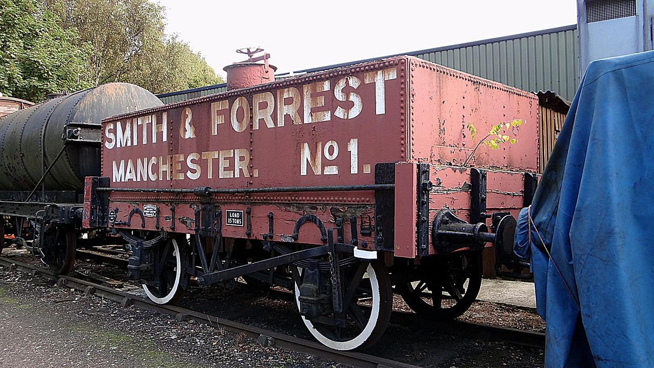 PO 'Smith & Forrest Manchester No1' Rectangle Tar Tank.JPG 13,10,2012